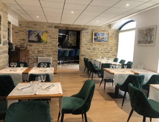 Salle de restaurant avant